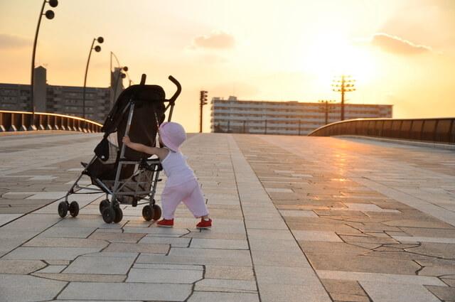 ベビーカーと赤ちゃん,B型ベビーカー,選び方,軽量