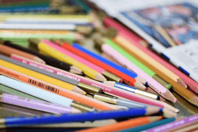 色鉛筆,恐竜,絵本,
