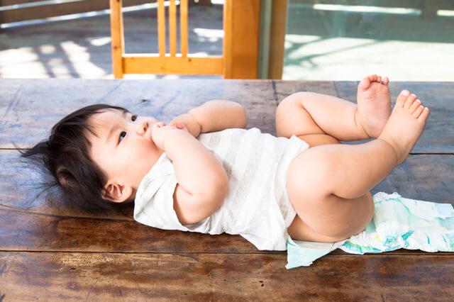 おむつ赤ちゃん交換,紙おむつ,比較,