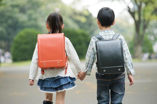 ランドセル子ども男女歩く,絵本,おすすめ,7歳