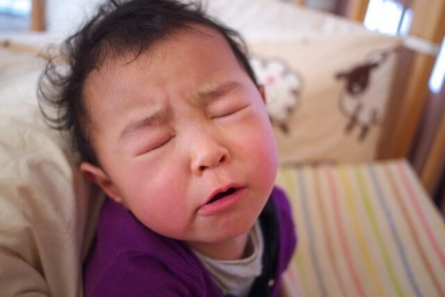 寝起きの子ども,子ども,イヤイヤ期,対処法