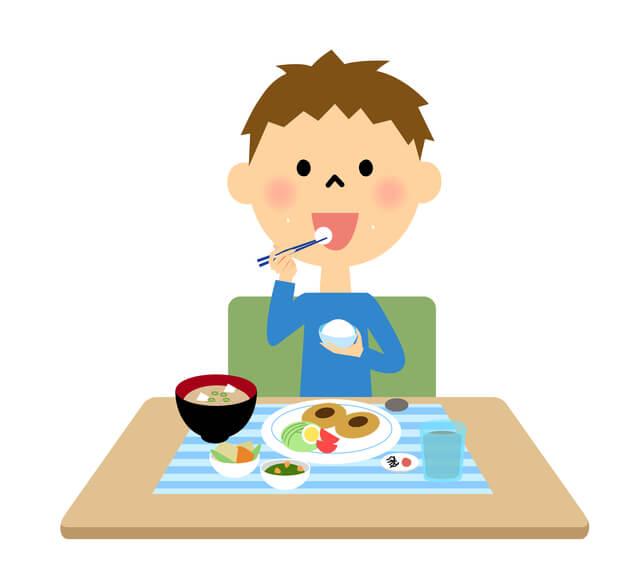 ごはんを食べる男の子,食事マナー,