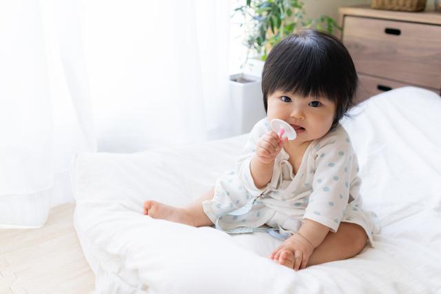 歯磨きする赤ちゃん,仕上げ磨き,歯ブラシ,