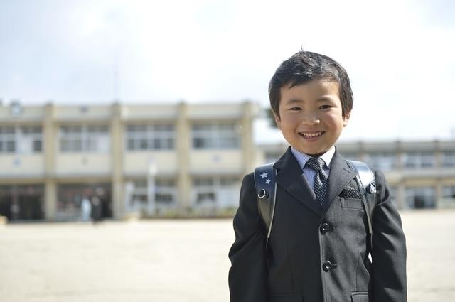 入学式の男の子,小学校,入学祝い,プレゼント