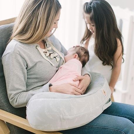 エルゴベビーのナーシングピロー2,授乳クッション,抱き枕,