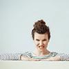 処したら良い? 月経前は、イライラや眠気がひどく育児どころではなくなる人も多いのではないでしょうか。ダメだと分かっていても、子どもにつらく当たってしまうこともありますよね。月経前の特有な症状にはどのように対処したら良いのでしょうか。そこで、専門家に相談してみました。 20代女性からの相談:「月経前の不快な症状の対処法は?」,