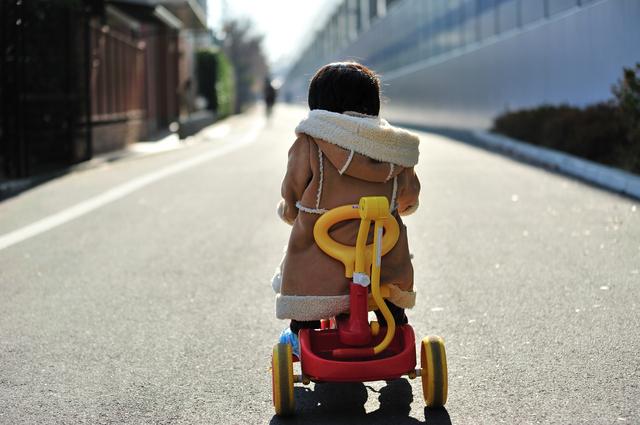 ハンドル式つき三輪車,赤ちゃん,三輪車,