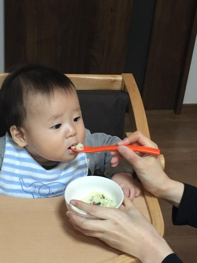 和光堂らくらくまんまマカロニを食べている男の子,コズレ,プレゼント,当選