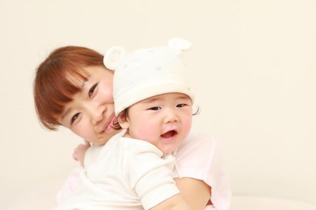赤ちゃんママ抱っこ,赤ちゃん,肌トラブル,保湿