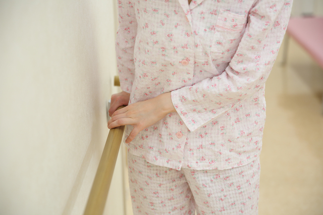 入院中の女性,出産,入院,持ち物