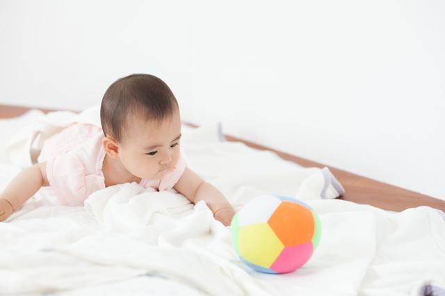 赤ちゃん,赤ちゃん,離乳食,便秘