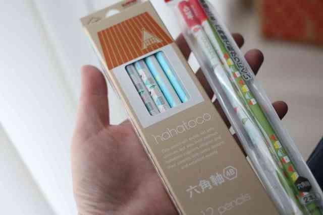 hahatocoの鉛筆を持つ女の子,鉛筆,かわいい,