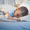 1歳のママからの相談:「私が横に居ないとすぐ目が覚めてしまうので、困っています」,