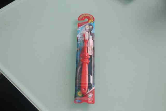 ダイソーで購入したウルトラマンの歯ブラシ,ダイソー,入園,幼稚園