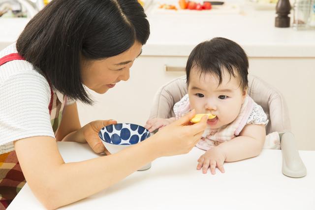 赤ちゃんママ離乳食,生後,6ヶ月,赤ちゃん