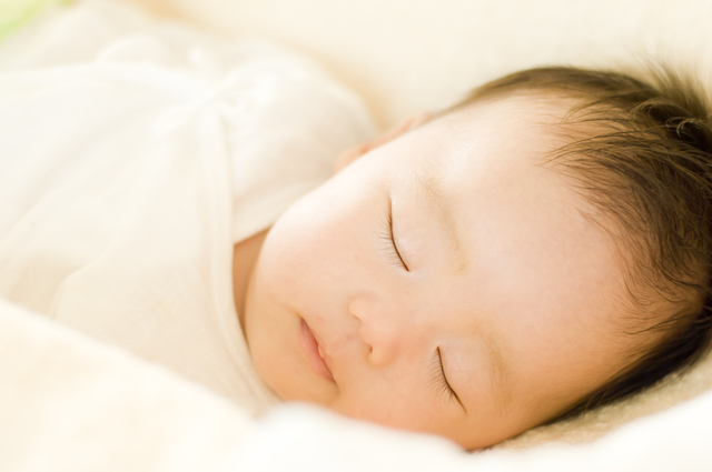 寝ている赤ちゃん,新生児,寝ない,対策