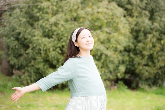 妊婦公園イメージ,妊娠9ヶ月,
