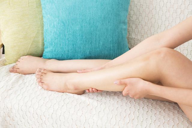 足のむくみイメージ,妊娠後期,むくみ,