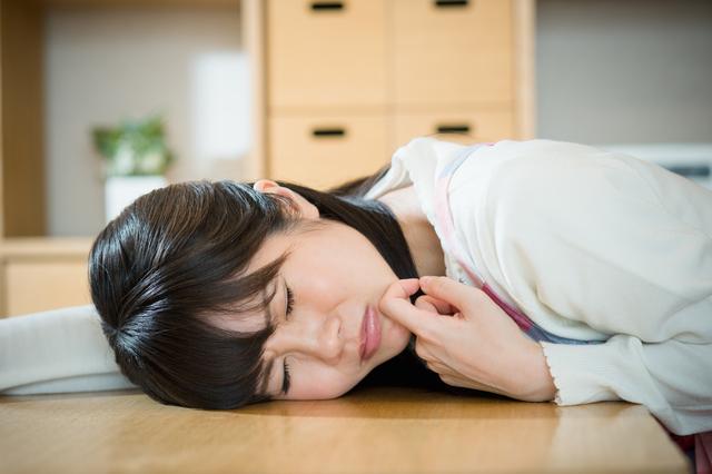 女性体調不良,妊娠,初期症状,腹痛
