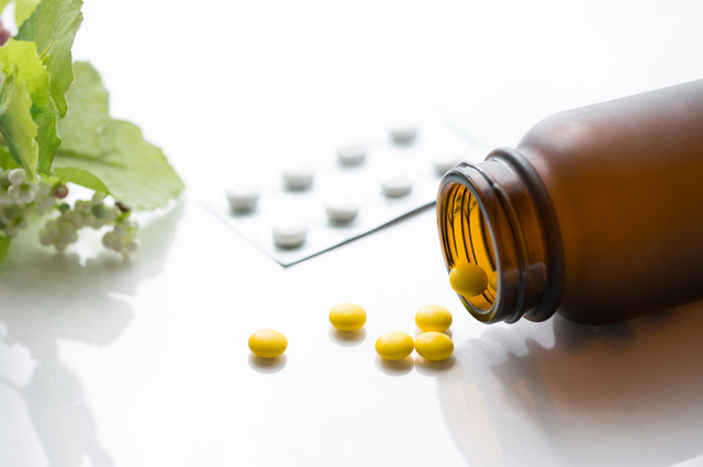 薬錠剤,妊娠28週,胎児,
