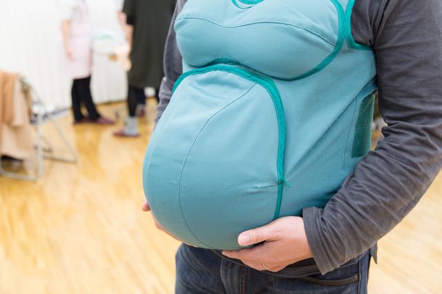妊婦体験男性,母親学級,両親学級,