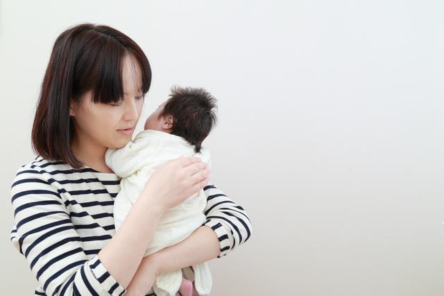 新生児のお世話をするママ,出産後,セックス,