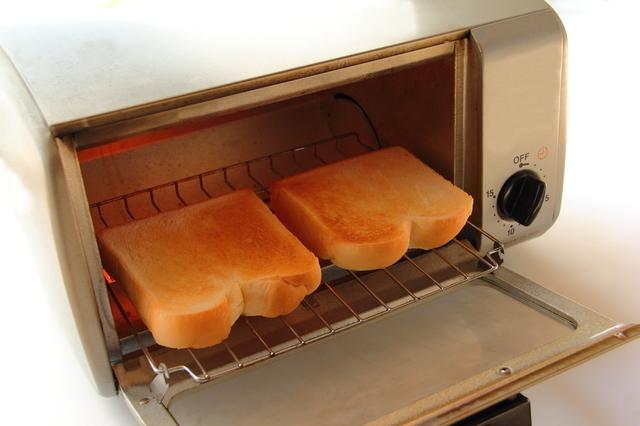 トースターで焼いた食パン,離乳食,食パン,