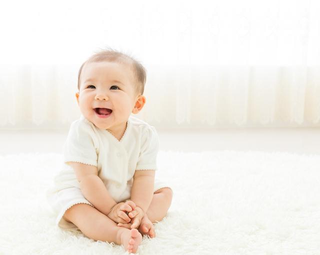 笑う赤ちゃん,離乳食,ホワイトソース,