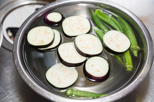 野菜の下準備,離乳食,なす,