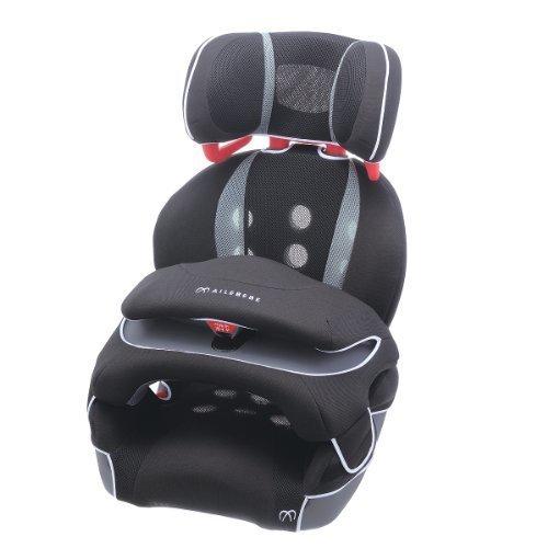 エールベベ 『安心トリプル保証付』サラット3ステップ クワトロST 1歳から11歳用ジュニアシート(軽量&通気性強化モデル) ブラック ALC246,チャイルドシート,おすすめ,