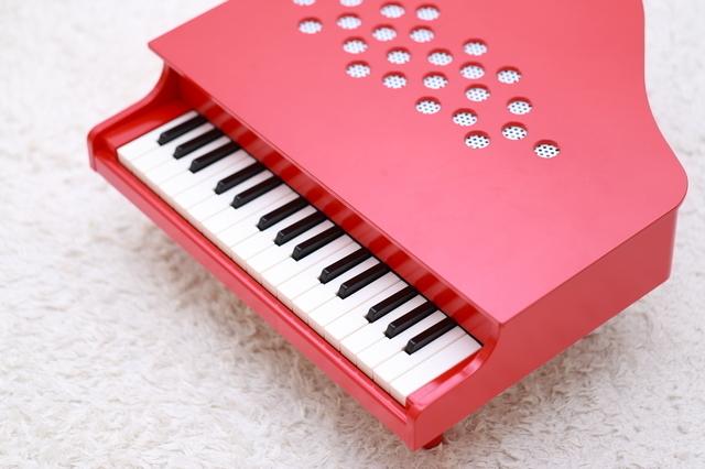 トイピアノ,おもちゃ,楽器,