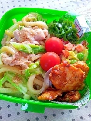✿春キャベツと豚バラの焼きうどん弁当❤和風醤油味 ,お弁当,麺,