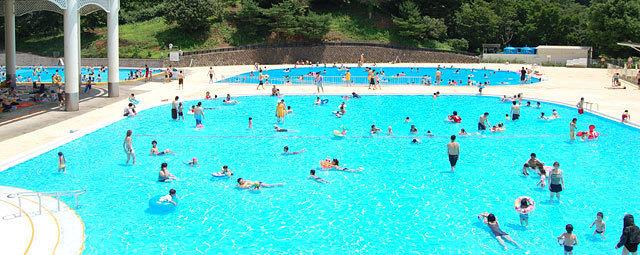 こどもの国の屋外プール,スライダー,プール,神奈川