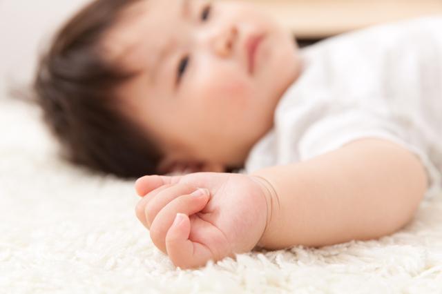赤ちゃん,離乳食,食パン,
