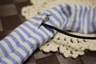 布にゴムを通す,シュシュ,作り方,授乳ストラップ