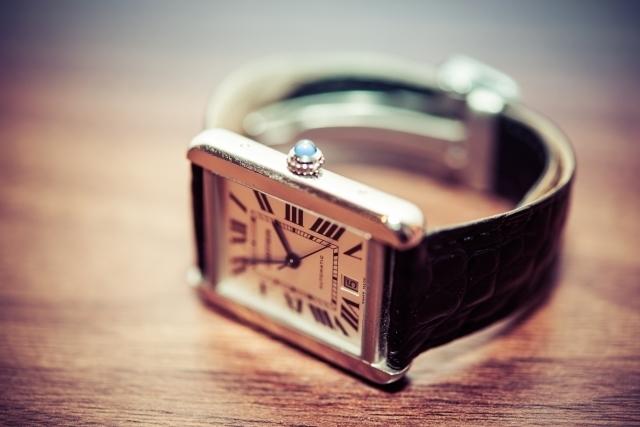 時計の写真,前駆陣痛,陣痛,違い