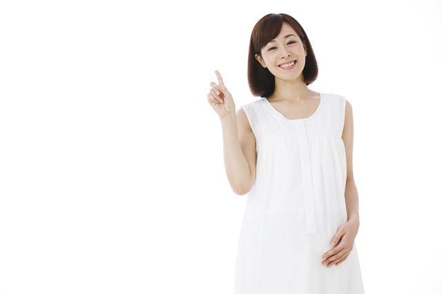 笑顔の妊婦,切迫早産,原因,