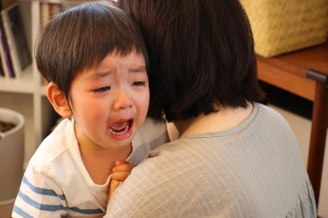 イヤイヤをする男の子,ストレス,対処法,