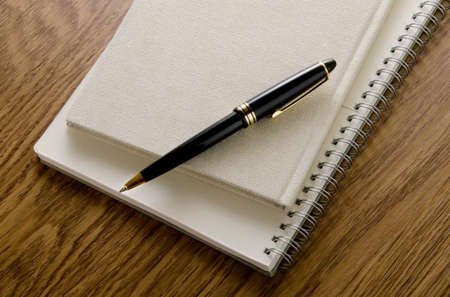 ノートとペン,赤ちゃん,事故,