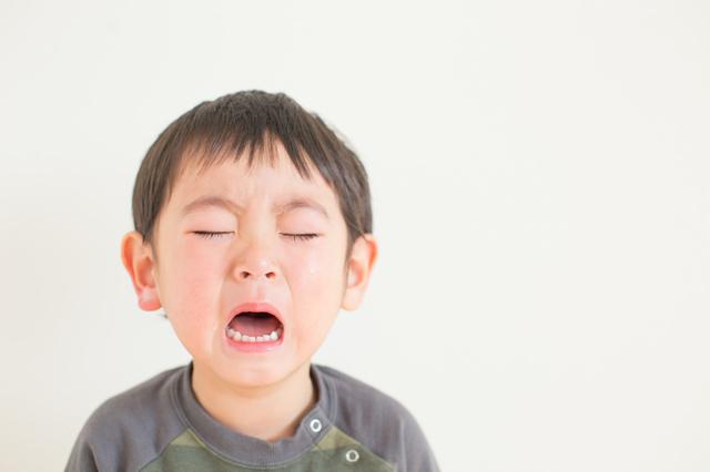 泣く子ども,虫歯,歯科,子ども