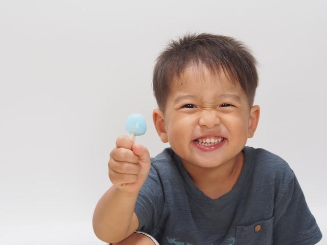 アイスを食べる子ども,ロッテ,浦和工場,
