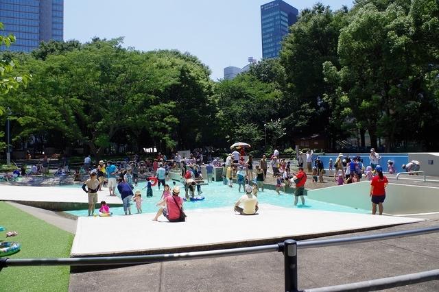 新宿中央公園,公園,水遊び,東京