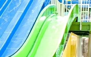 スパワールド世界の大温泉スライダー,大阪,プール,おむつ