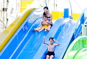 スパワールド世界の大温泉ウォータースライダー,子ども,ウォータースライダー,大阪