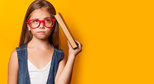 眼鏡をかけた女の子,眼鏡,弱視,治療