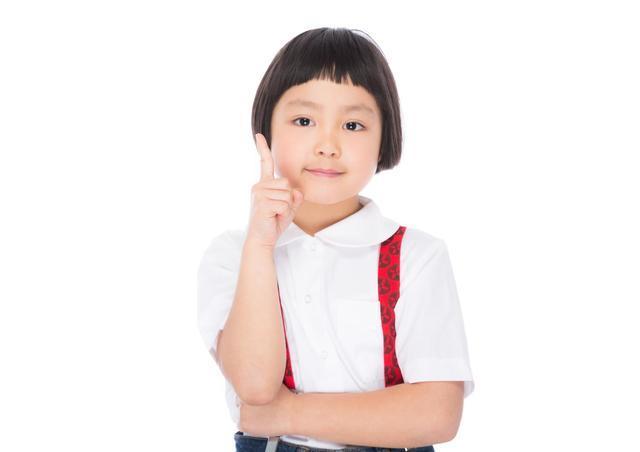 小学生の女の子,キッズ,子供,麦わら帽子