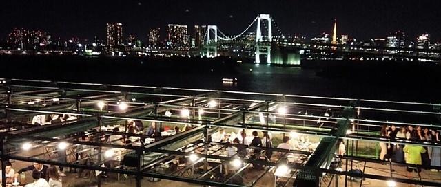 デジキューBBQ CAFE デックス東京ビーチ店,バーベキュー,雨,東京