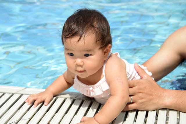赤ちゃん水着,海外旅行,ハワイ,赤ちゃん