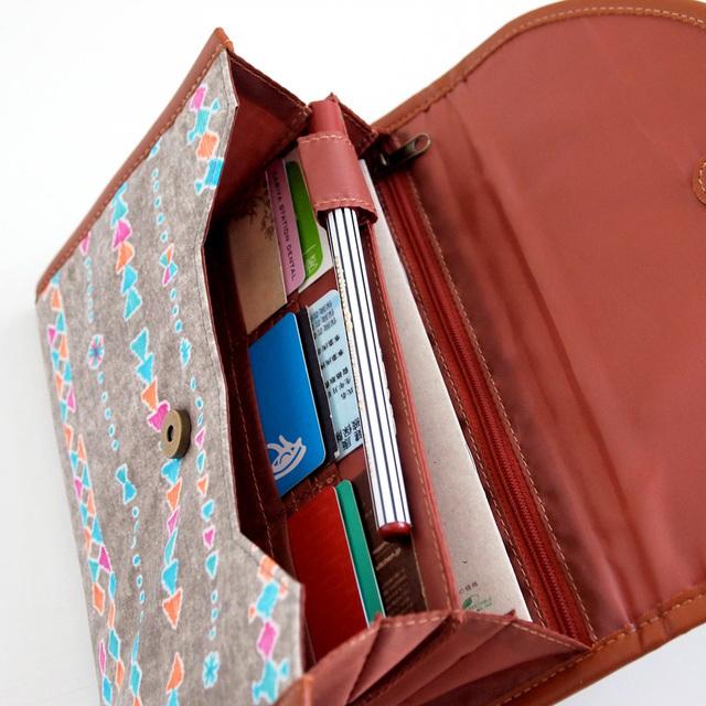 BOBOこーらむ母子手帳ケースホワイト,母子手帳,ケース,便利