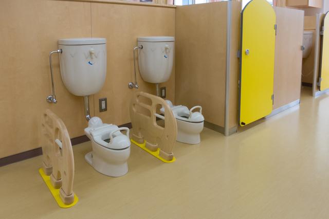 キッズトイレ,トイレトレーニング,補助便座,悩み